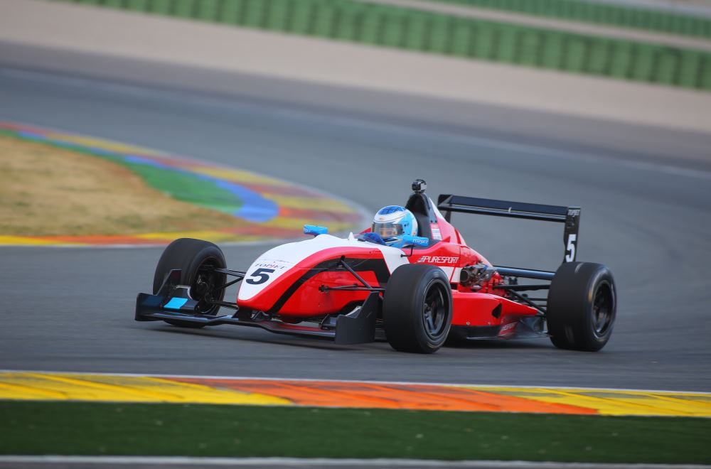 Workouts & Test with F3 Puresport on Valencia racetrack 3