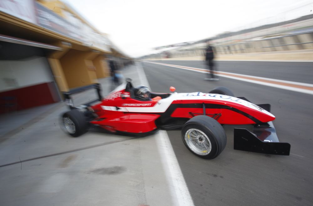 Workouts & Test with F3 Puresport on Valencia racetrack 2