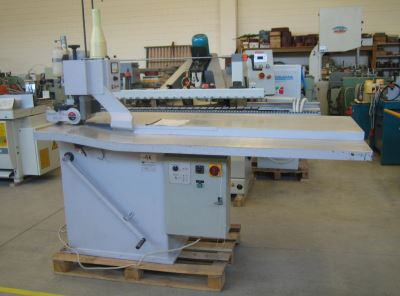 Veneer splicing machines VILLA
